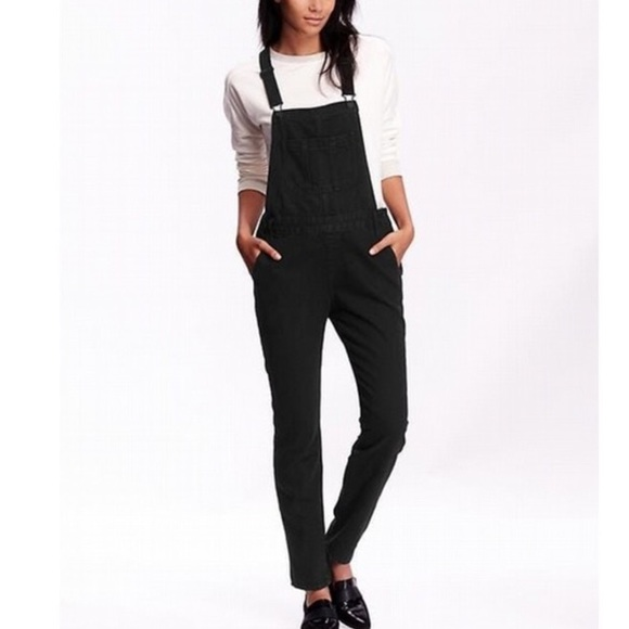 new varieties how to buy wide varieties Old Navy Straight Leg Overalls Black